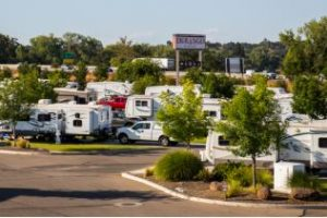 RV Larger Than 40? – Try These Premier Luxury Resorts